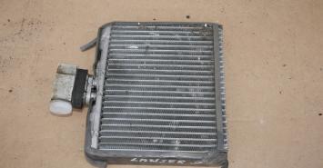 Радиатор Mitsubishi BMW VW Nissan 64118385562