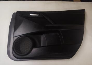 Обшивка двери правой Mazda 3 BL