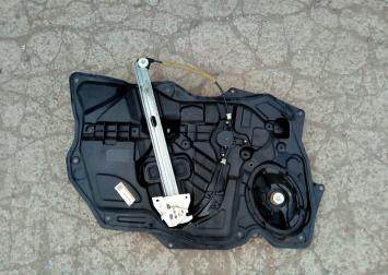 Стеклоподъемник передний Mazda 3 BL Мазда 3