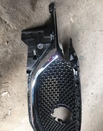 Решетка Радиатора Mazda CX-5 с 2017