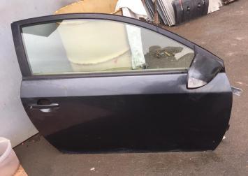 Дверь передняя правая на Toyota Scion TC 6700121182