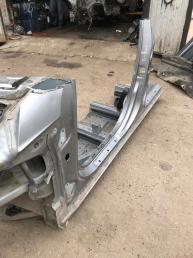 Порог левый Mercedes W251 R