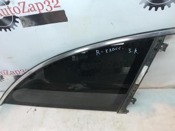 Форточка заднего правого крыла Mercedes W251 R