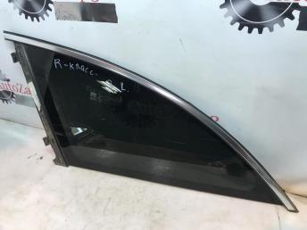 Форточка заднего левого крыла Mercedes W251 R