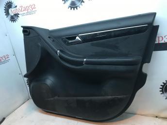 Обшивка двери передней правой Mercedes W251 R