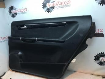 Обшивка двери задней правой Mercedes W251 R