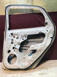 Дверь задняя правая Ford Focus BM51A24720