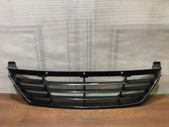 Решетка переднего бампера Hyundai ix35 86550-2Y000
