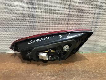 Фонарь задний левый внутренний Kia Cerato  3 92403-A73
