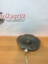Динамик Mazda 3 BL  GS1E66960