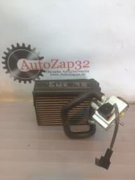 Радиатор испаритель кондиционера Mercedes X164 GL A1648300184