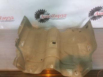 Тепловая защита глушителя Mercedes X164 GL  А1646824771 А1646824771