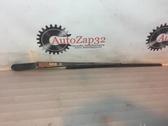 Поводок стеклоочистителя правая Mazda MPV