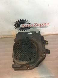 Сабвуфер Mazda MPV  LC7266960