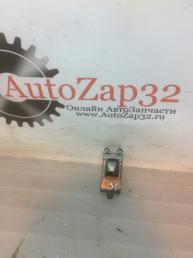 Кнопка стеклоподъемника Hyundai i30   49D511-1110