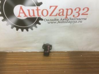 Датчик положения дроссельной заслонки Mazda MPV F5RF9B989
