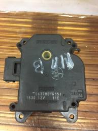 Моторчик заслонки печки Mazda MPV  063700-6351