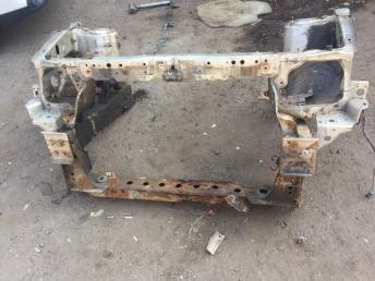 Лонжерон передний левый Mazda MPV
