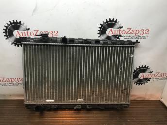 Радиатор охлаждения МКПП Hyundai Sonata 5