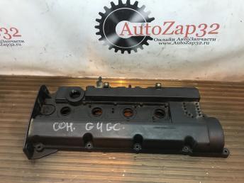 Крышка клапанная 2,0 Hyundai Sonata 5 PA66-GF24-MF16