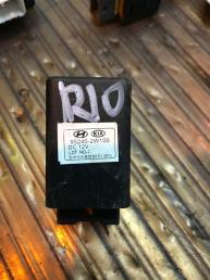 Реле стоп сигнала Kia Rio 3 95240-2W100