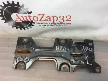 Крепления задний сидении Mazda MPV LC62LH-R