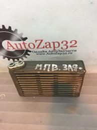 Испаритель кондиционера задняя Mazda MPV