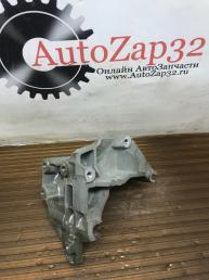 Кронштейн крепления генератора Mazda Tribute 98BB-10039-AD
