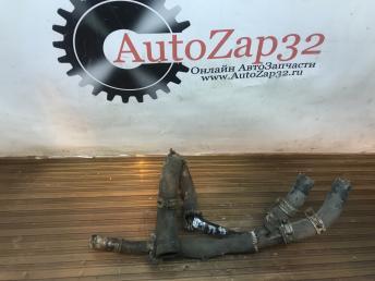 Тройник системы отопления Mazda MPV