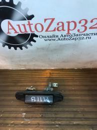 Ручка двери багажника Mazda MPV