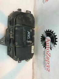 Сабвуфер Mazda 3 BK B33D66960