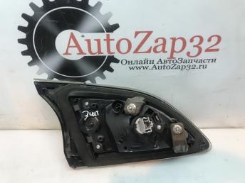 Фонарь задний правый внутренний Mazda 3 BL BBN7-513F0