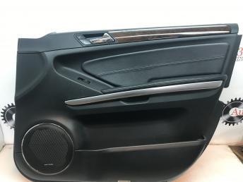 Обшивка двери передней правой Mercedes X164 GL