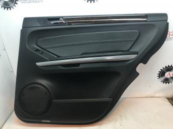Обшивка двери задней правой Mercedes X164 GL