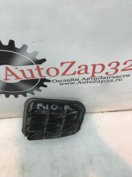 Решетка вентиляций багажника правый Kia Rio 3 97510-2F200