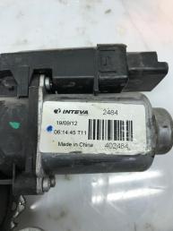 Стеклоподъемник передний левый Kia Rio 3