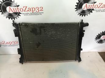Радиатор охлаждения Kia Rio 3