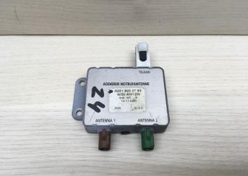 Антенный разветвитель Mercedes A2218203789