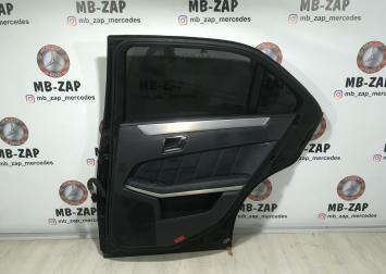 Дверь задняя правая Mercedes W212  2127300205