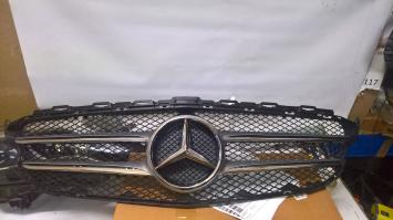 Решетка радиатора Mercedes W 205
