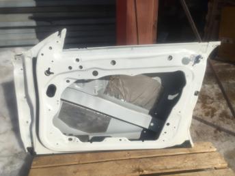 Мерседес цлс  W218 CLS Дверь передняя правая