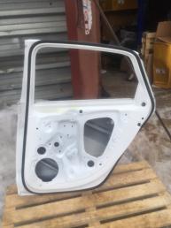 Ауди а4 в9 Audi A4B9 Дверь задняя правая