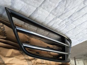 Ауди  А8 Д4 Audi A8 4h решётка птф правая