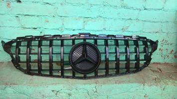 решетка радиатора Mercedes W 205 GT Line amg  чер