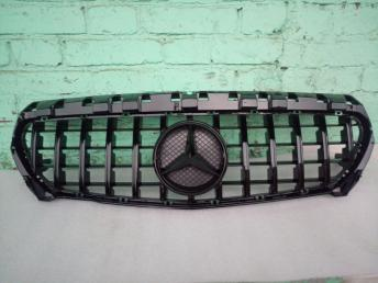 Решетка радиатора Мерседес W 117 ГТ GT LINE черная