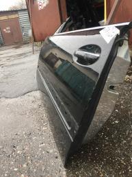 Дверь передняя левая Mercedes Прочее