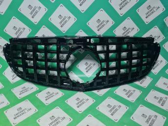 решетка радиатора  Мерседес W 212 2013- черная E
