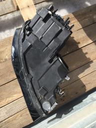 Фара левая Audi A8