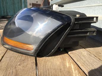Фара левая Audi TT