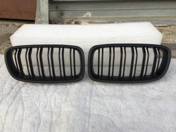 Бмв ф30 ф31 BMW F30 F31 решётка радиатора черная